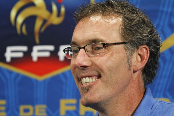 Blanc urged his players not to use the social networks during Euro 2012