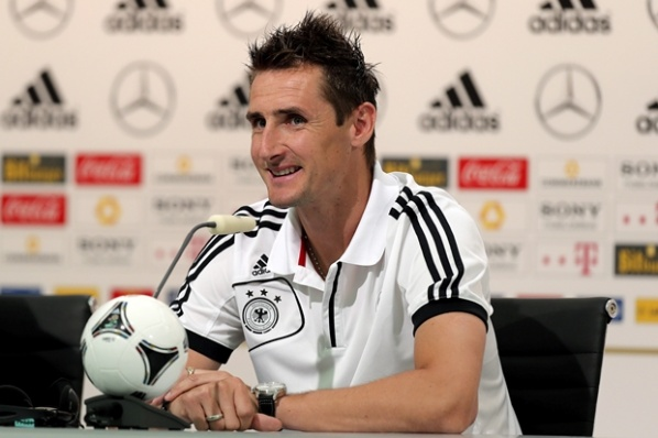 Klose: I'm completely healthy, I have a good feeling about Euro 2012