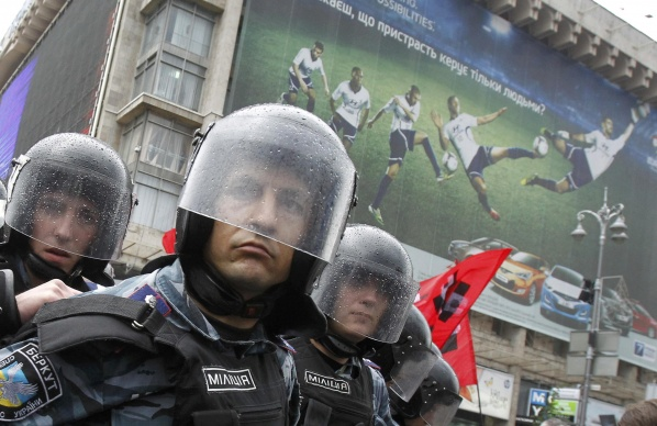 England fans are shocked by the security measures in Krakow