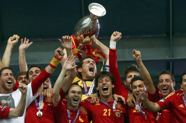 Unique Spain defend their title, remains king of Europe and the world