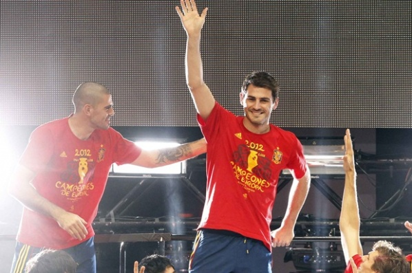 The supporters urged the Golden Ball to be given to Casillas