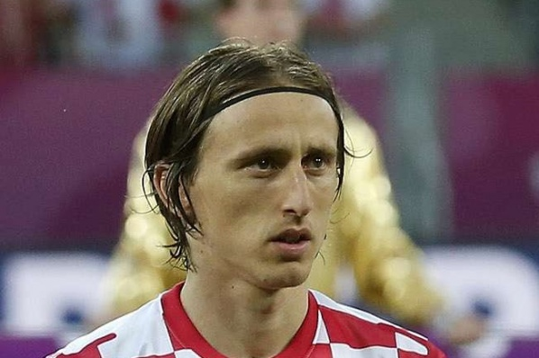 Only bonuses divide Modric from Real