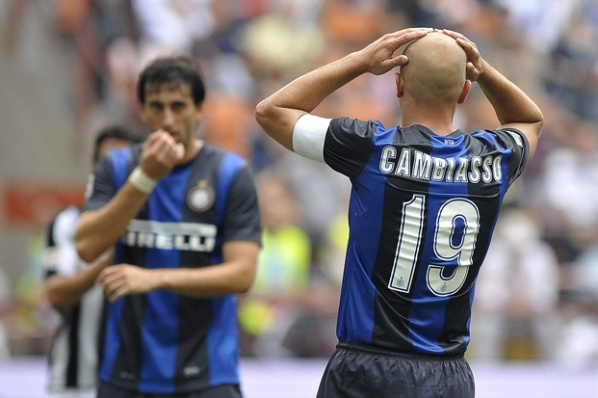 Cambiasso: We all stand behind the coach