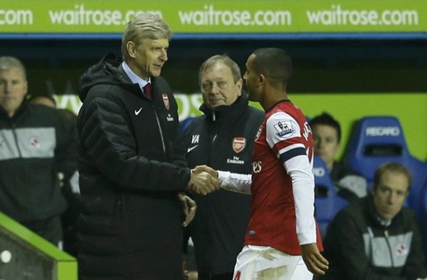 Walcott has hinted that he could stay in Arsenal
