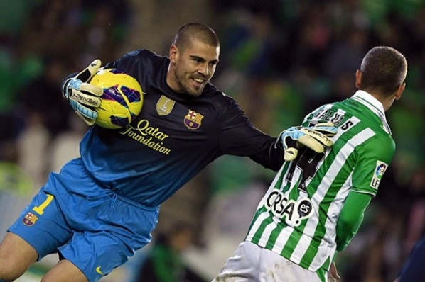 The manager of Valdes: We have not talked about a new contract with Barcelona
