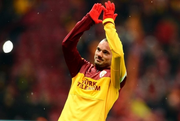 Sneijder: Galatasaray can beat Schalke 04