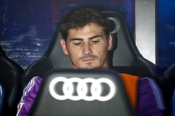Casillas is considering to leave Real Madrid
