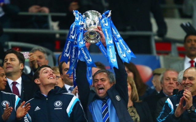 Chelsea offers Mourinho a new four-year contract