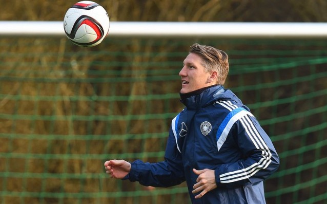 Schweinsteiger: 'Germany must change something.'
