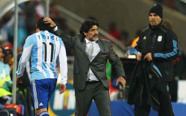 Maradona: Welcome to Boca, Carlito!