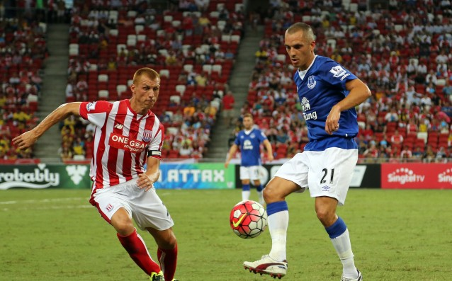 Stoke sent Sidwell to the Football League Championship