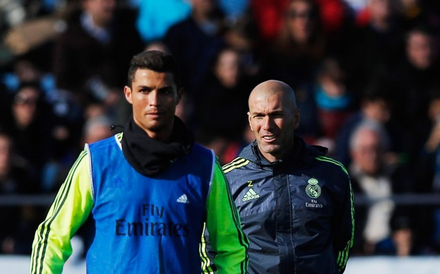 Zidane: 'Everyone in Real supports Ronaldo.'