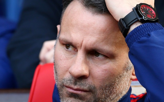 Giggs: 'I would never take over the team of Liverpool.'
