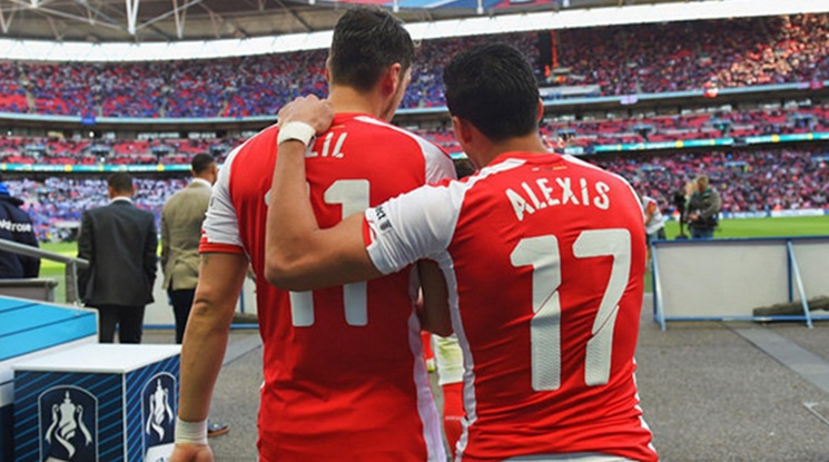 The salaries of Sanchez and Ozil will be increased by 20%